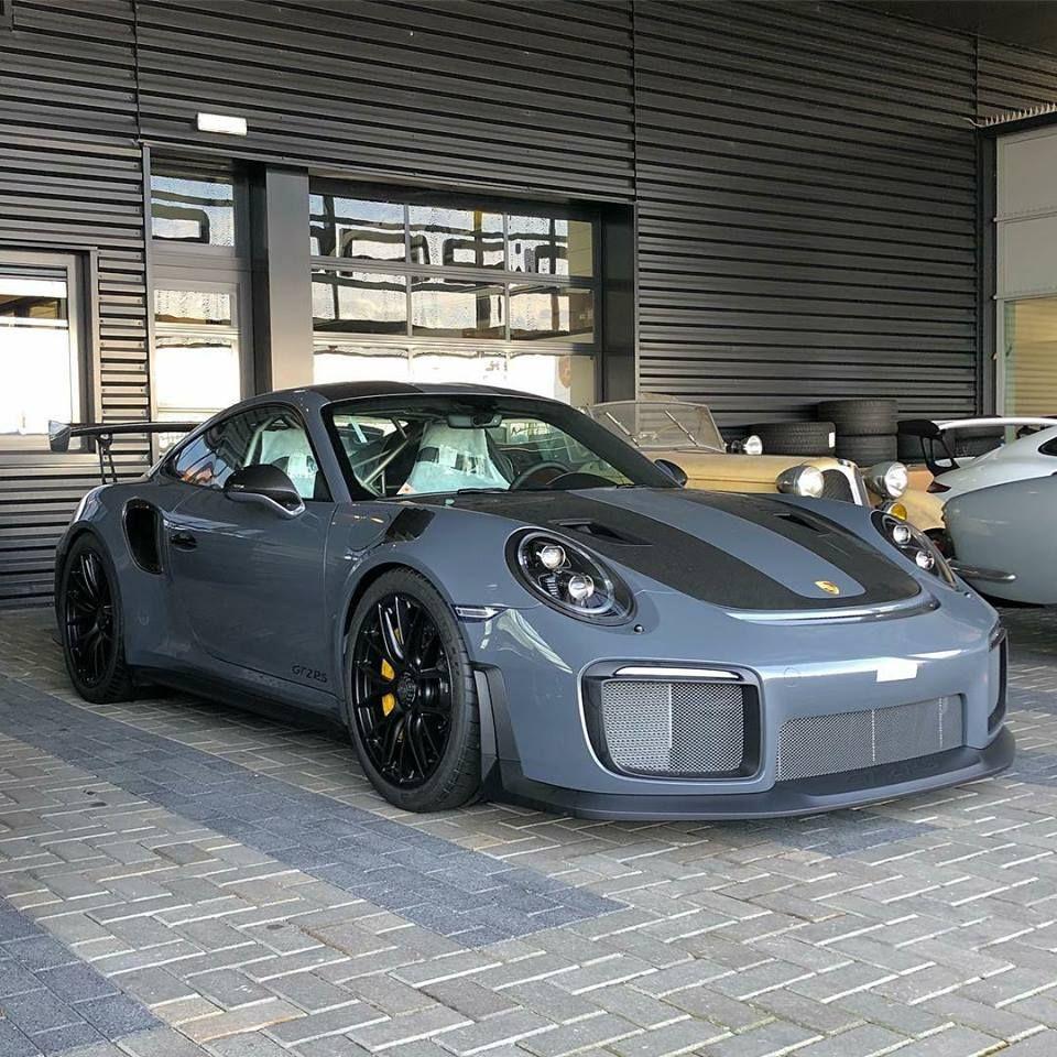 Pin By Paul Ebbitts On Porsche 911 Gt2 Gt3 Porsche Gt Porsche Porsche 911 Gt2