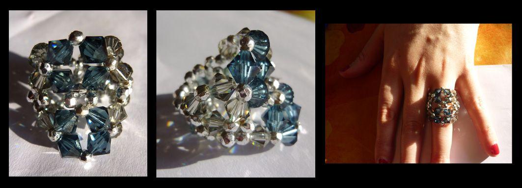 Bague losanges gris et bleus. Handmade ring. Swarovski crystal and seed beads.