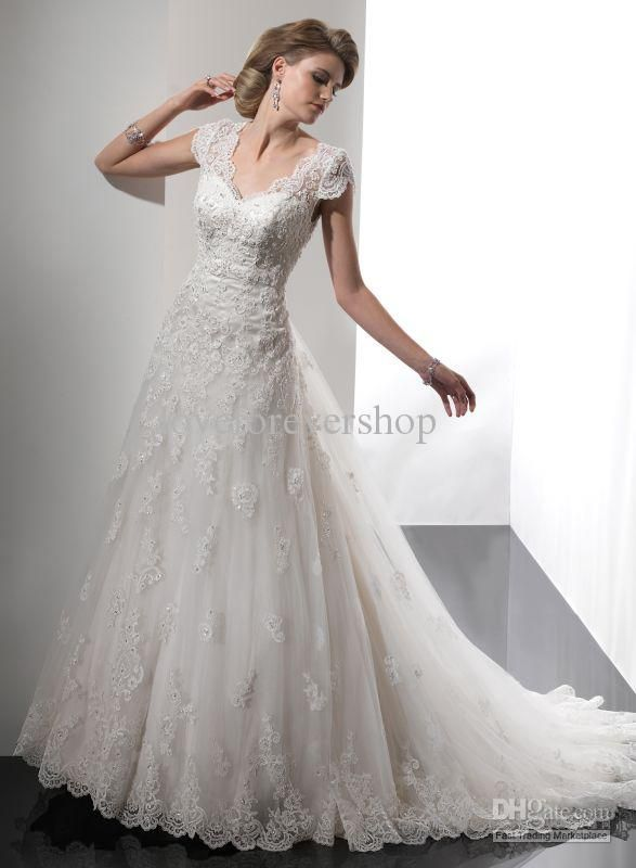 V-neck Short Sleeve Open Back Lace Beads Applique Bridal Gown Tulle 2013 Sexy Beach Wedding Dresses