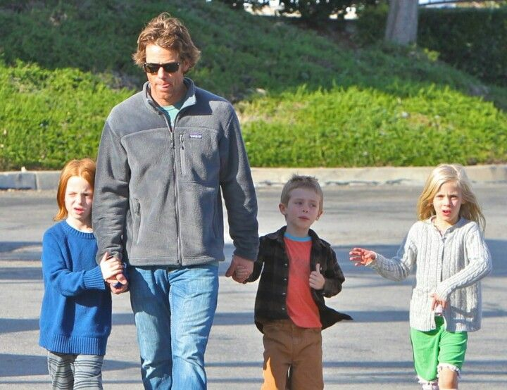 Danny Moder with his and Julia Robert\'s kids Hazzel, Finn and Henry ...