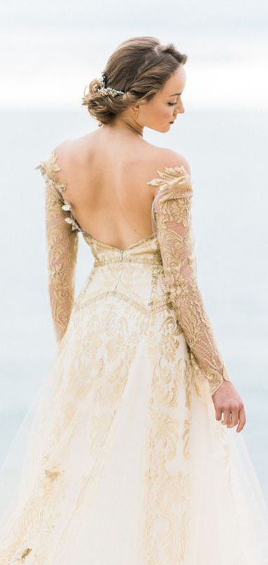 25 Whimsical Wedding Dresses For Artistic Brides