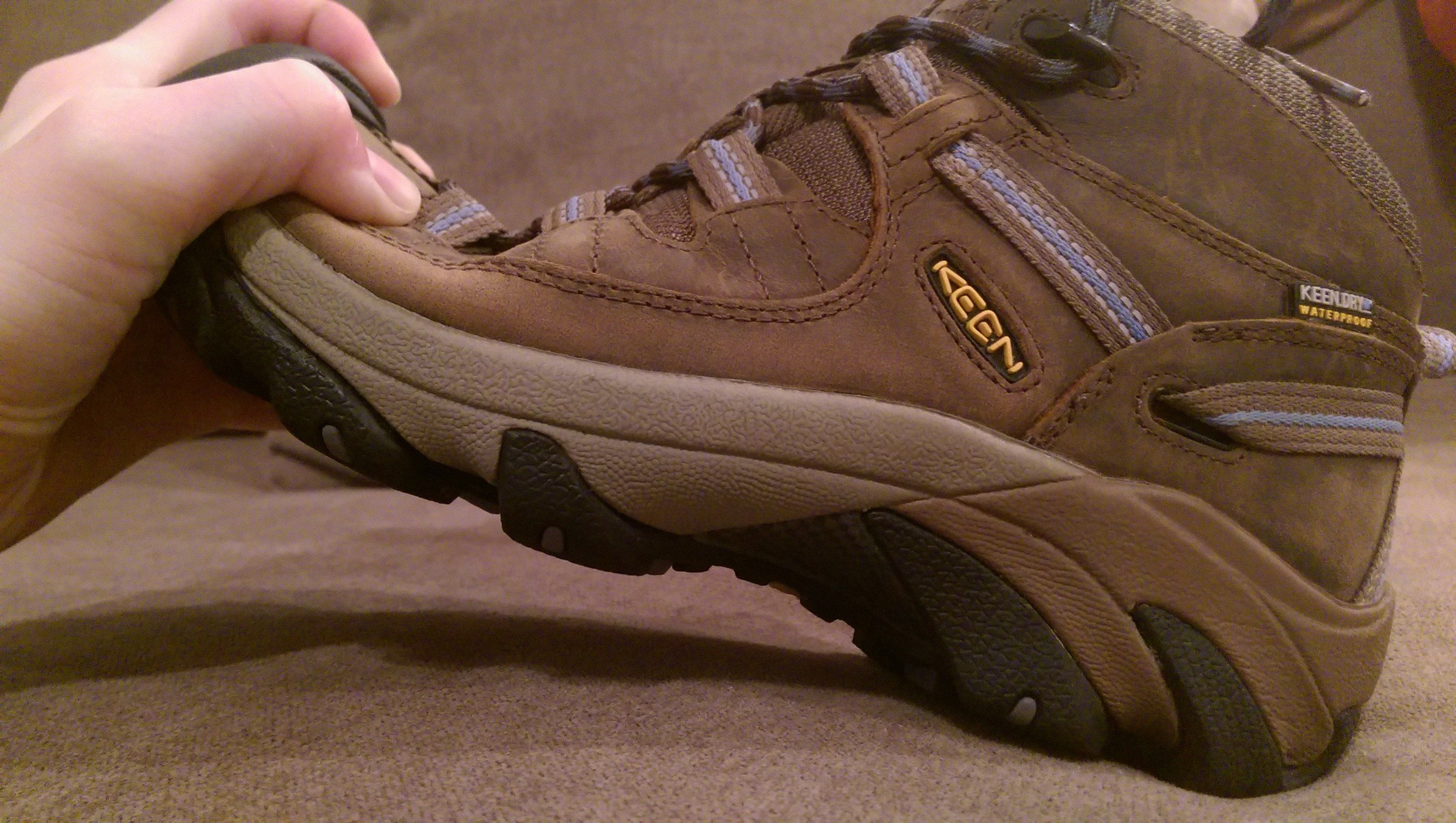 cdc5a17e64 How to break in your new hiking boots featuring Keen Targhee II Mid for  women.