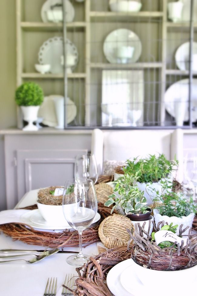 This southern table is simply stunning! Spotted Mikasa Loria & You Know Your Place Setting is Southern When.... (And a Giveaway ...