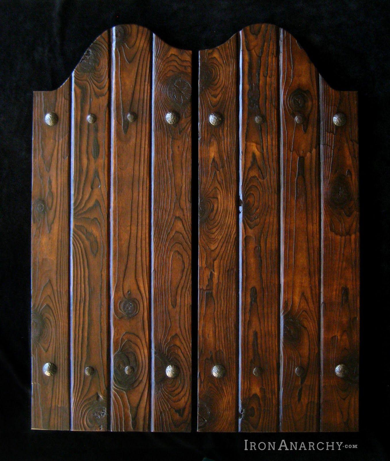 La porte battante des mill niaux la coulisse Porte western bois