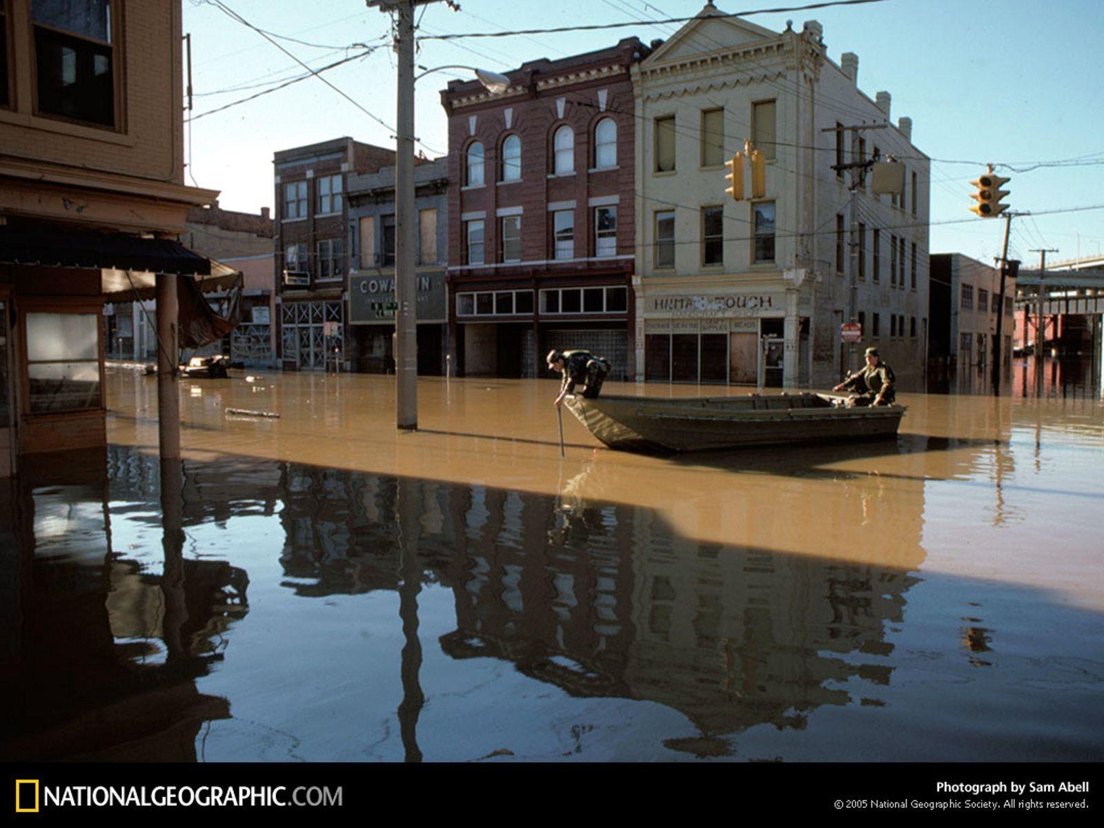 Richmond Flood, Richmond, Virginia, 1986   Http://imashon.com