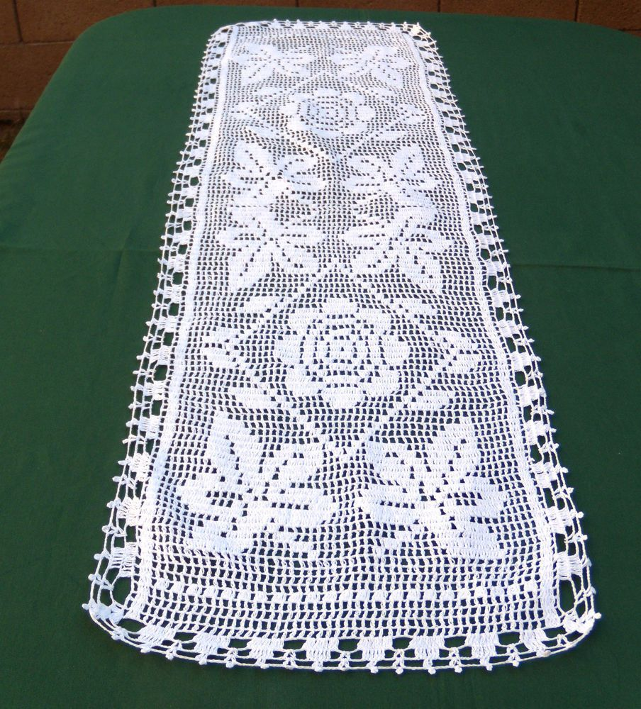 Awesome Dresser Scarf Runner With White Cotton Material