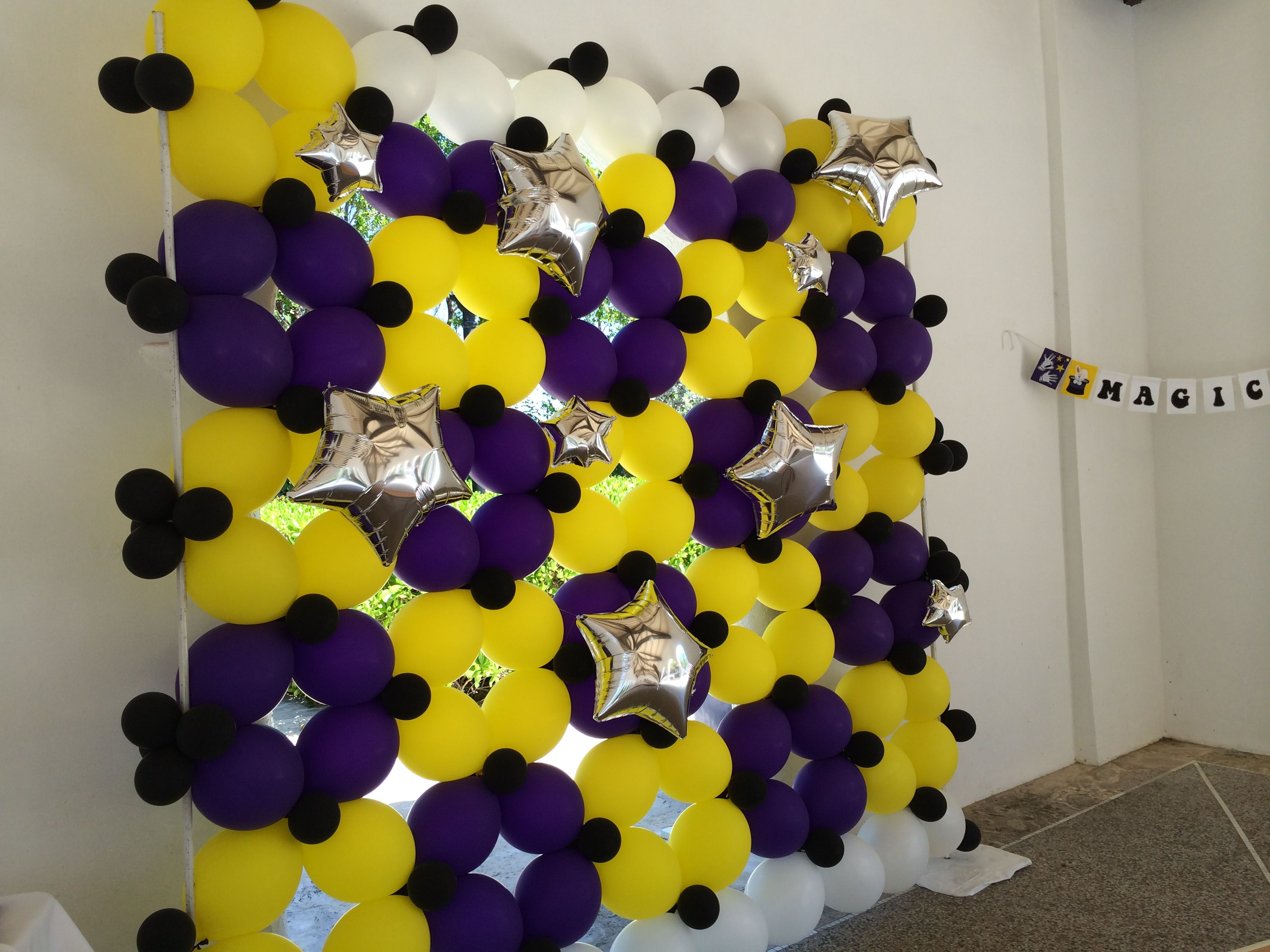 Balloon wall with stars for magic theme kids party www ...