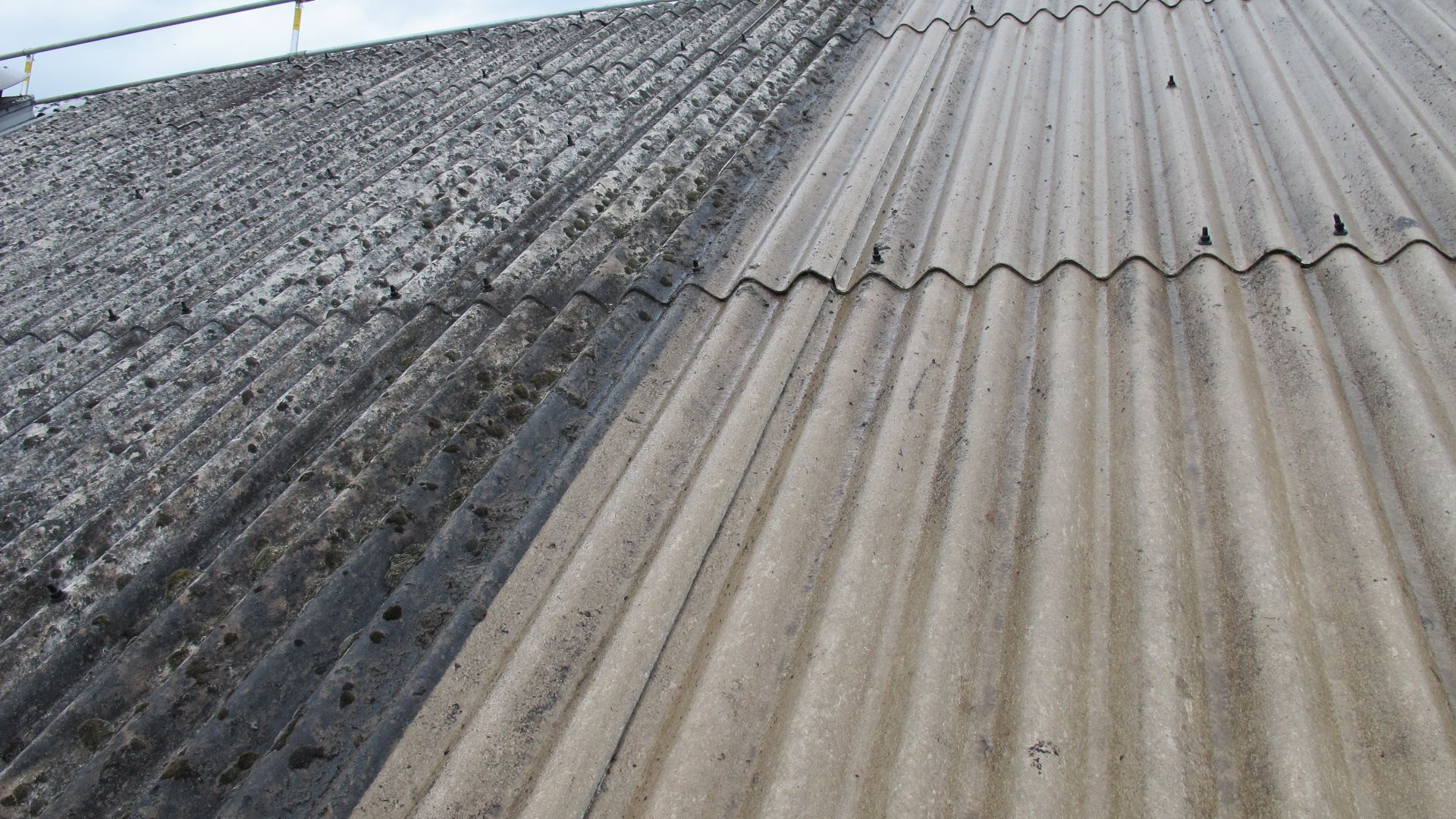 Asbestos Roof Cleaning Video Showing Hse Closed Box Method Roof Cleaning Asbestos Cleaning Videos