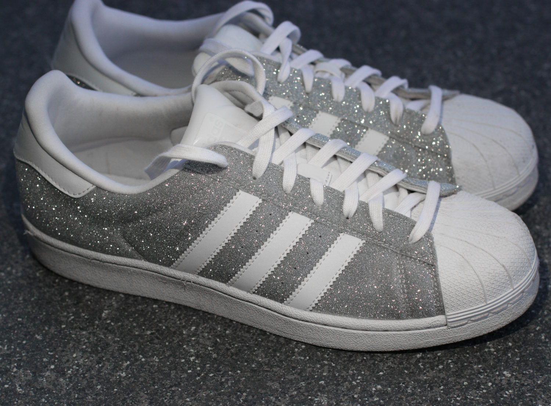 Adidas Superstar Sneakers In Silber Glitzer Silver Glitter Mode Die Mir Gefallt Adidas Schuhe Glitzer Adidas Superstar Schuhe Und Superstars Schuhe