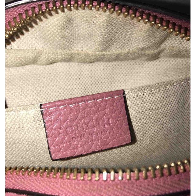 16abae6511cf pink Plain Leather GUCCI Handbag - Vestiaire Collective   Gucci soho ...