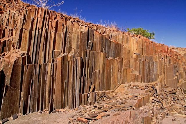 126 Twijfelfontein, Damaraland, organ pipes.JPG