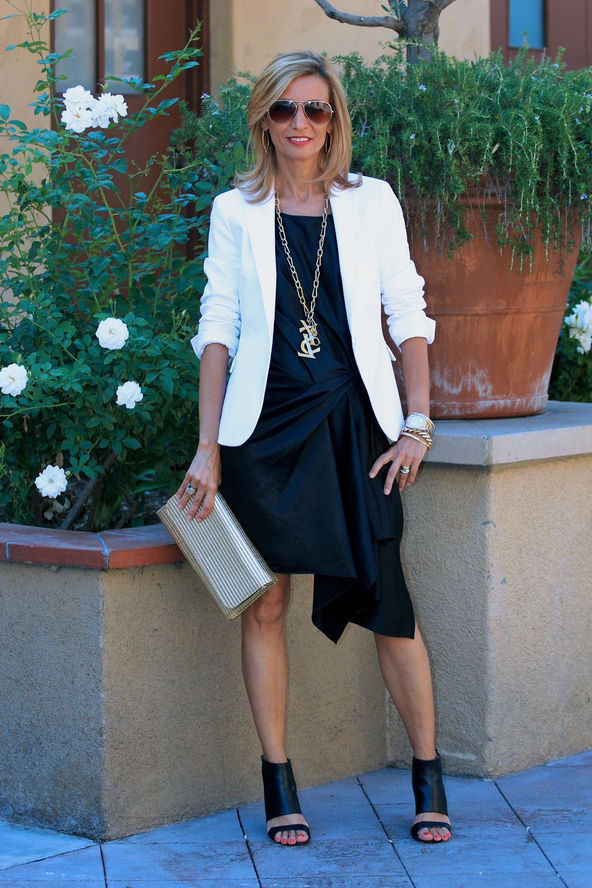 New blog story at www.jacketsociety.com/make-your-favorite-womens-classic-blazer-fun-and-sexy/