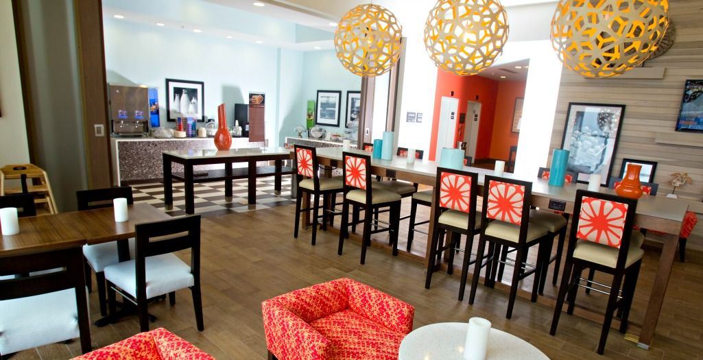 Hampton Inn Suites Beachfront Hotel Orange Beach Gulf Shores Al Beachfront Hotels Orange Beach Hotel