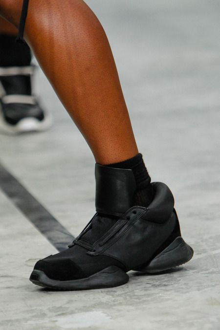 SPRING 2014 READY-TO-WEAR Rick Owens