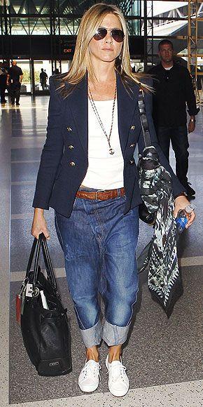 Jennifer Aniston | boyfriend jeans | Fashion, Drop crotch ...