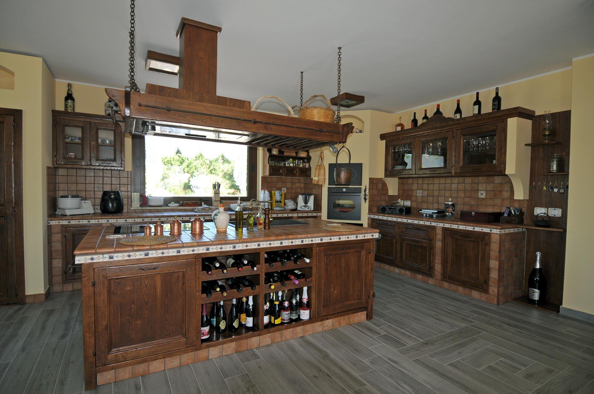 Cucine In Muratura Con Isola Centrale - Le migliori idee di design ...