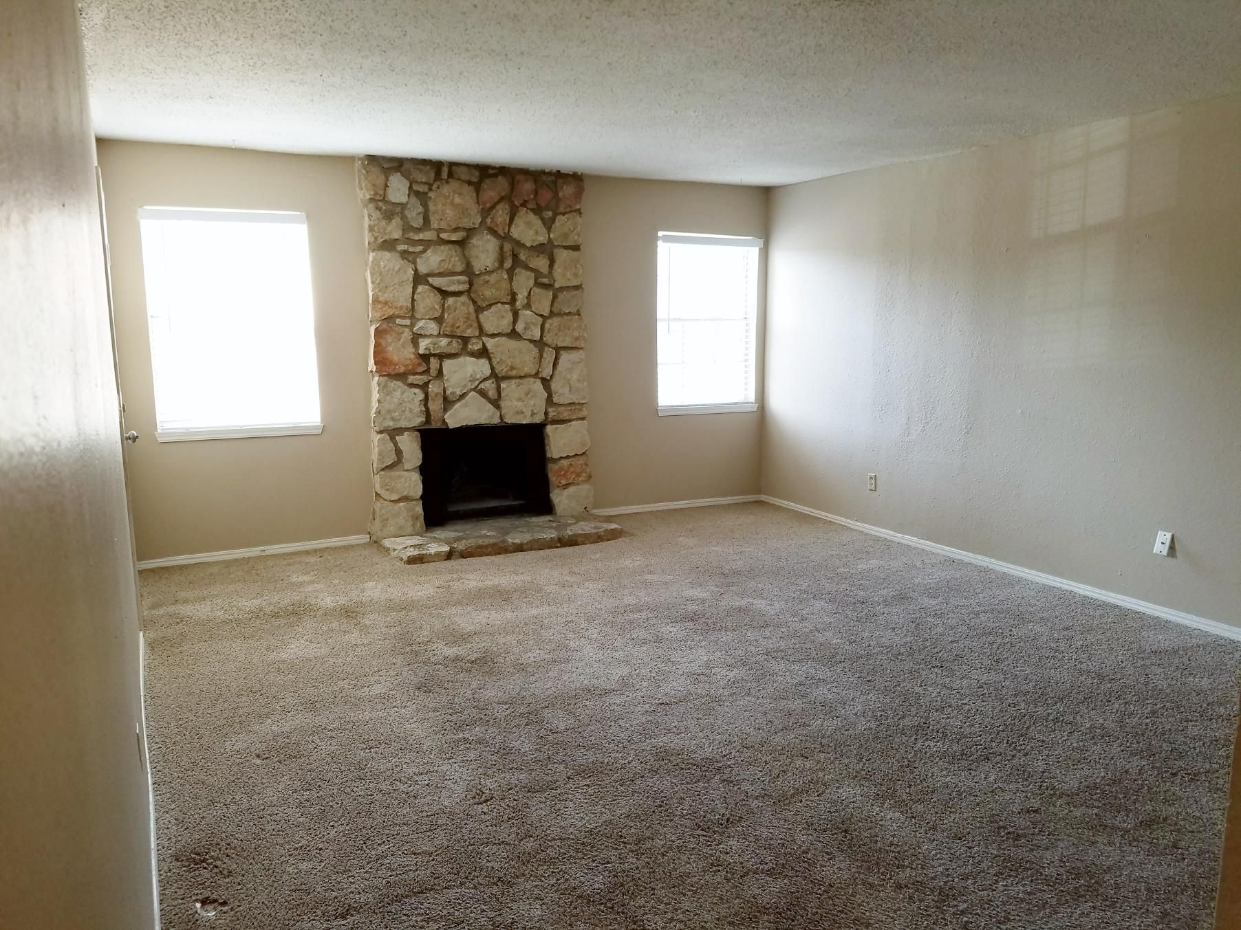 2 Upstairs Condo In Bethany Ok This Property Includes  Water,