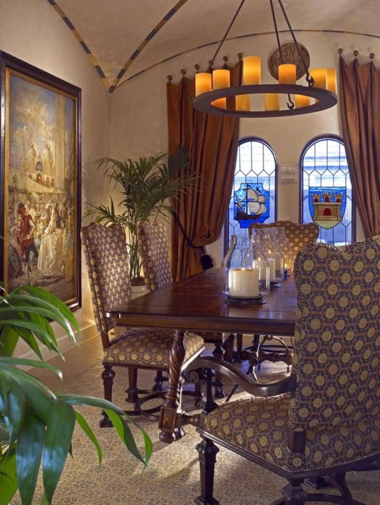 Room · Image Of: Dining Room Chandeliers Traditional
