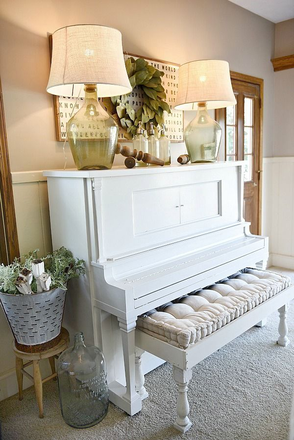 Piano decor farmhouse living room farmhouse living for Piano room decor