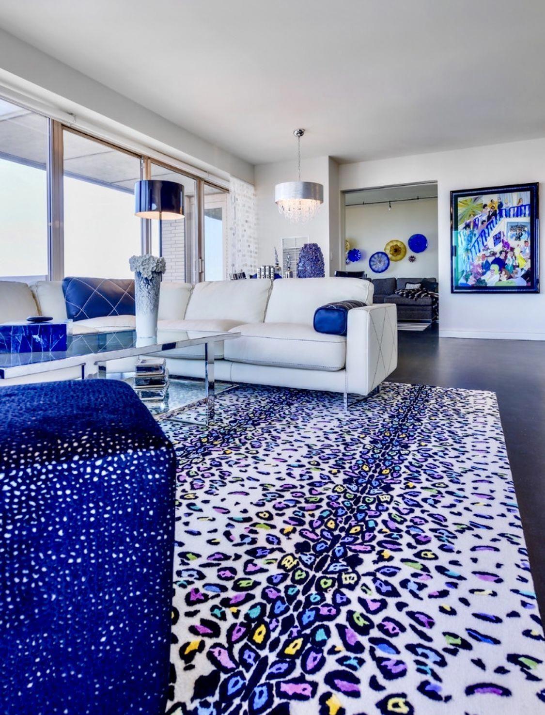 Modern living room decor cobalt blue decor colorful royal ...