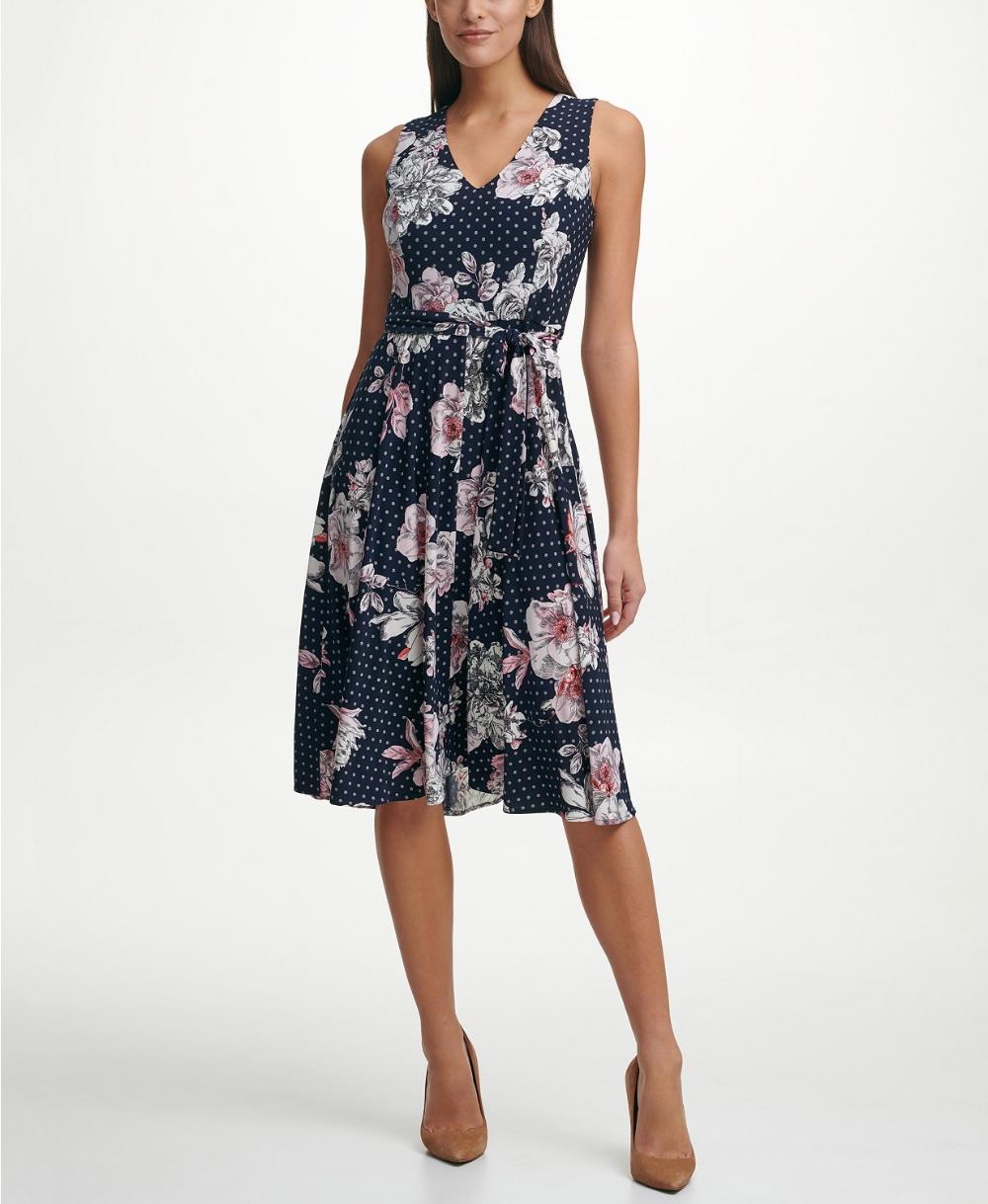Tommy Hilfiger Bloom Floral Fit Flare Dress Reviews Dresses Women Macy S In 2021 Flare Dress Fit Flare Dress Dresses [ 1219 x 1000 Pixel ]