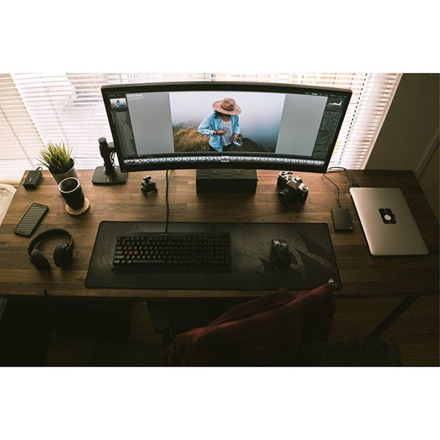 A beautiful ultrawide setup. By Redditor genesiswestcoast. - - Tag a friend who might like this page! - DM or Kik me your setup to be featured! #setup #dreamsetup #workstation #battlestation #workspace #pcgaming #deskspace #desksetup #gaming #game #gamer #gamingsetup #pc #pcmasterrace #computer #technology #clean #pcgaming101 #apple #interiordesign #dreamroom #style #goodvibes #instagood #design #trademarkedsetups #f4f #pcgaminghub #intel #nvidia