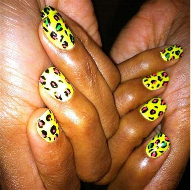 Kelly Rowland | Nail Art | Pinterest | Celebrity nails and Manicure