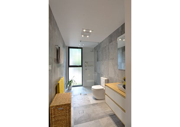 En-suite configuration inspiration. Like the window in the shower. Don't like grey wall tiles.