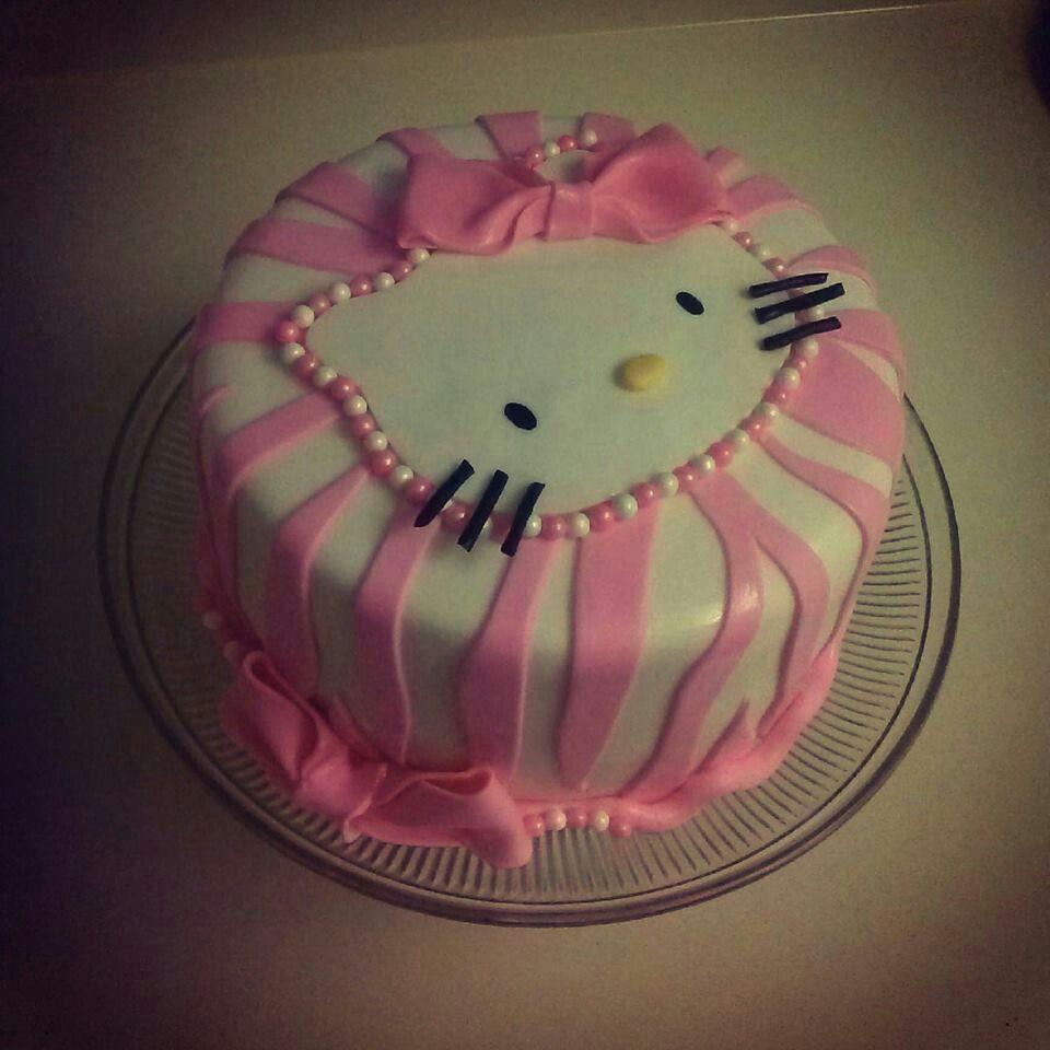 hello kitty cake girls birthday pinterest tortendeko torten und backen. Black Bedroom Furniture Sets. Home Design Ideas