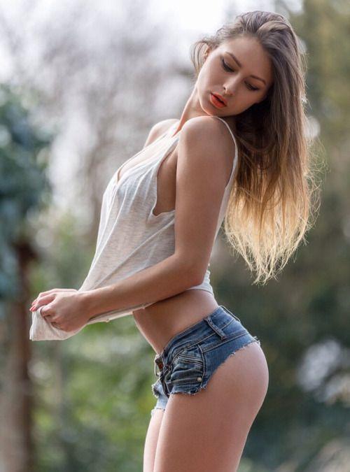 Tanned mature sex