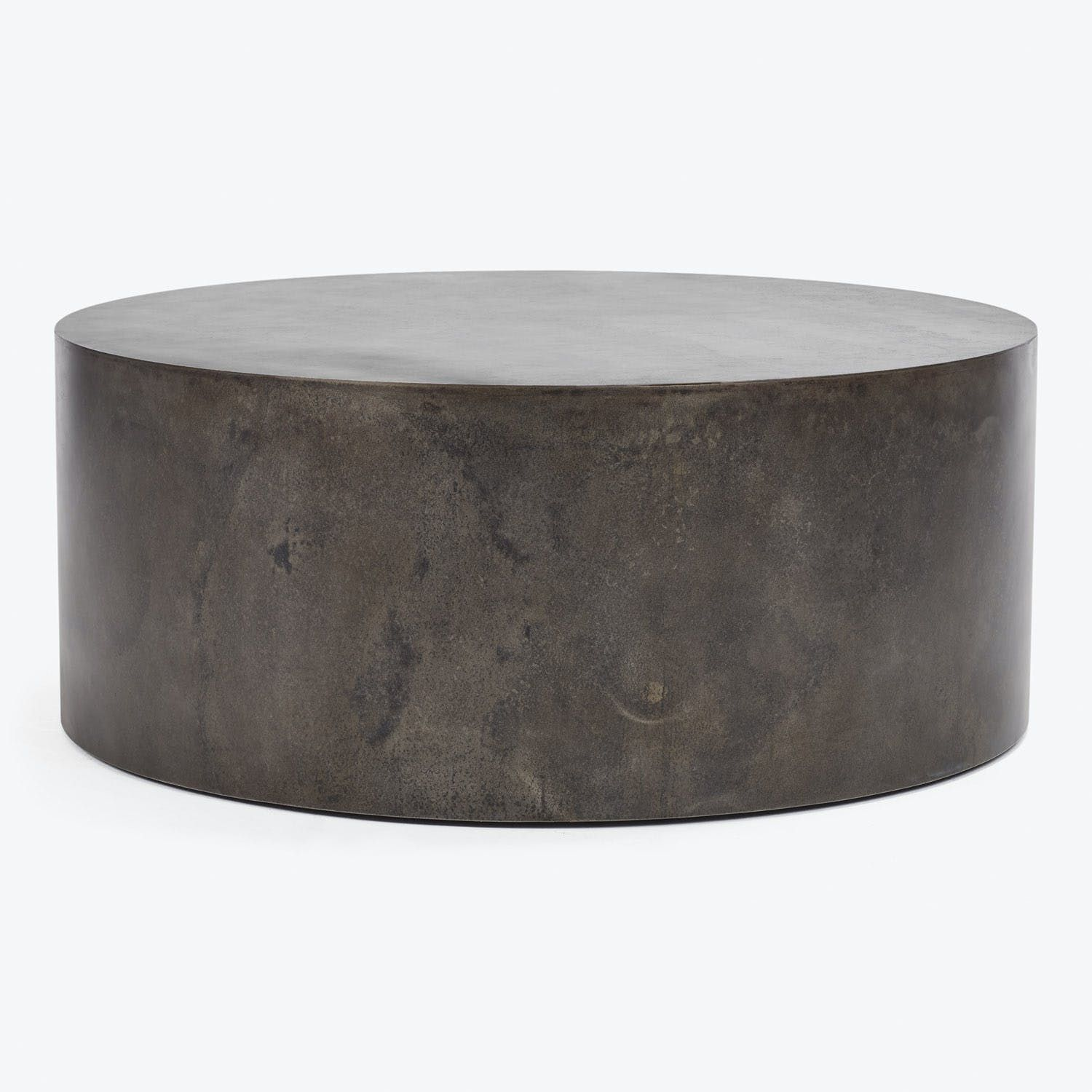 A Stunning Display In Contemporary Design This Rounded Coffee Table Is Handmade From Met Round Metal Coffee Table Round Coffee Table Modern Metal Coffee Table [ 1500 x 1500 Pixel ]