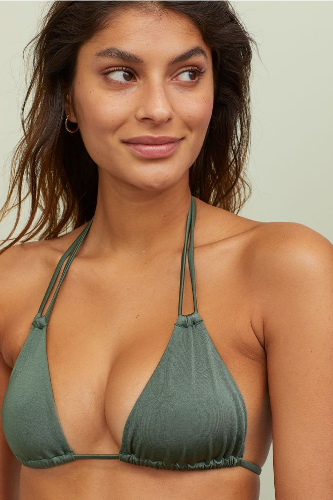 b3ec1834bed Triangle Bikini Top in 2019 | H&M | Triangle Bikini, Triangle bikini ...