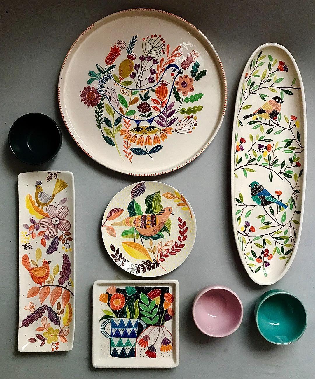 Shohrehhaghighi59 Ceramic Pottery Underglazepainting Iranianartist Shohrehhaghighi Instapottery Instacera Pottery Painting Designs Ceramic Studio Pottery Art