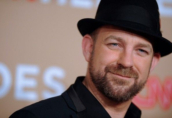 Celebrities Sporting Cool Black And White Hats Sugarland S