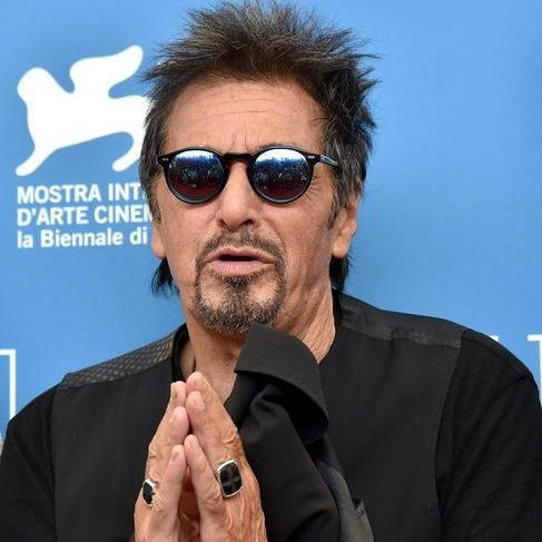 aa59a869e66 Al Pacino wears Oliver People iconic SHELDRAKE SUN OV 5036S sunglasses.   otticanet  otticanet.com  celebrities  eyewear  summer17