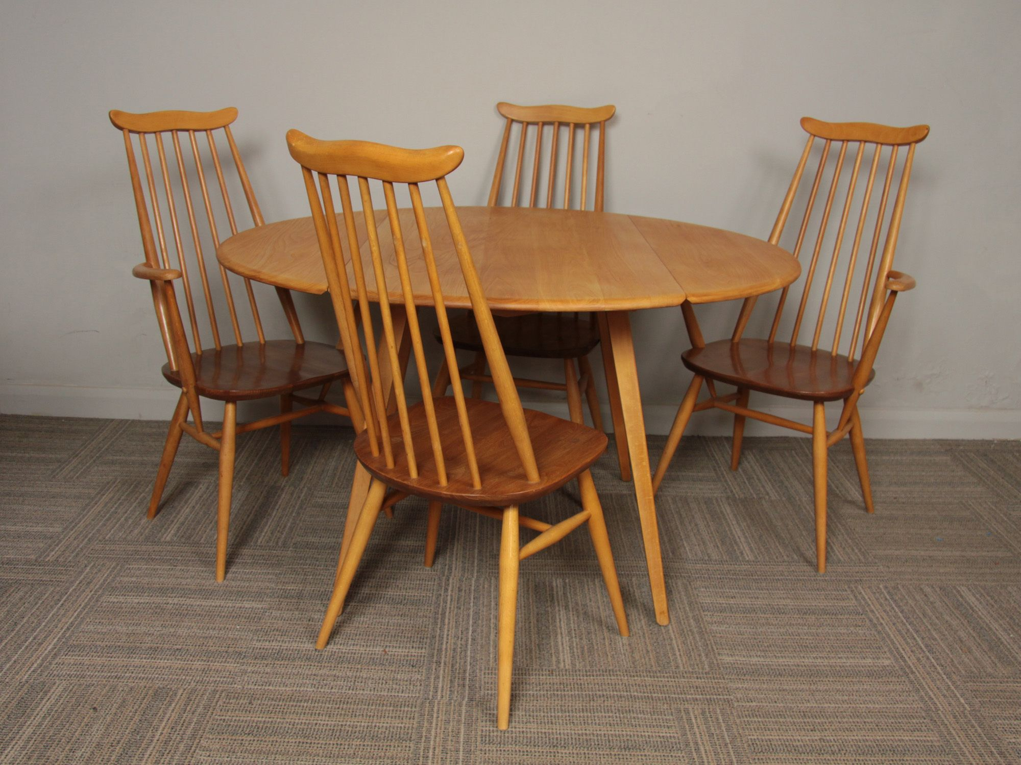 1960 S Ercol Beech And Elm Oval Drop Leaf Dining Table 4 X Goldsmith Chairs