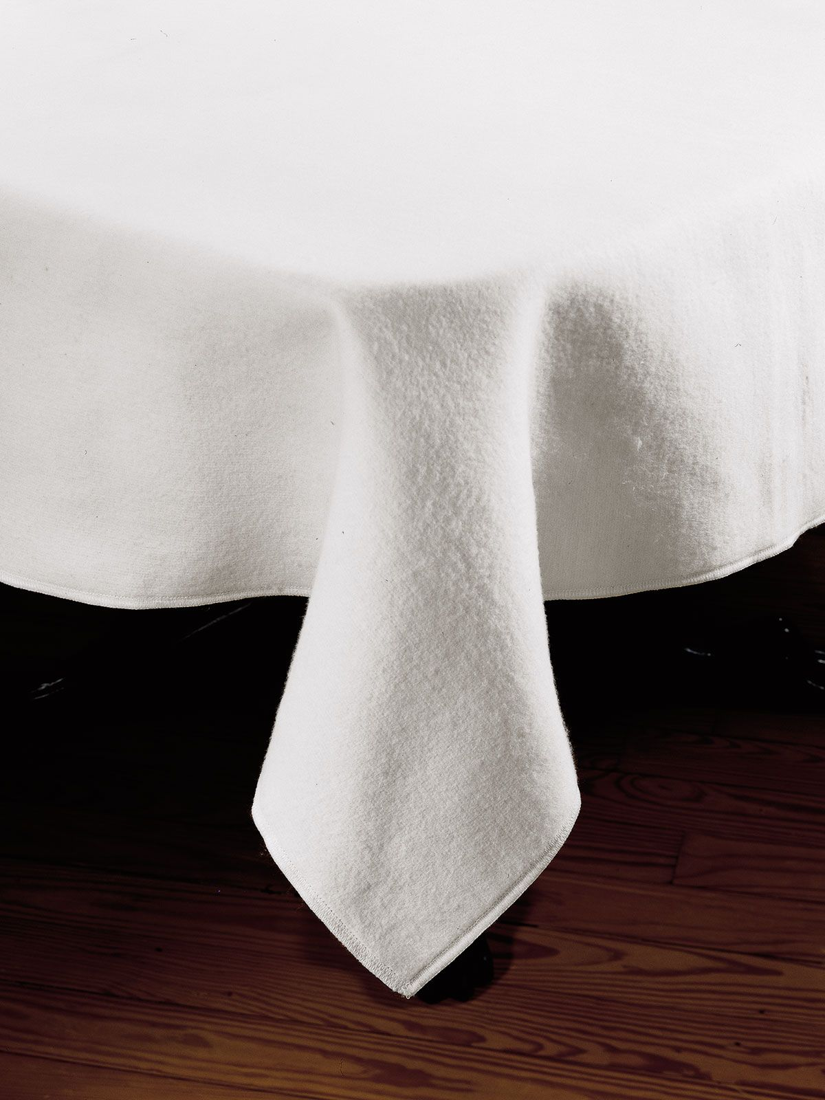 Felt Table Liners   Table Protectors   Easy Care, Poly Cotton Felt Liners  Offer Ideal Protection For Your Fine Dining Room Table