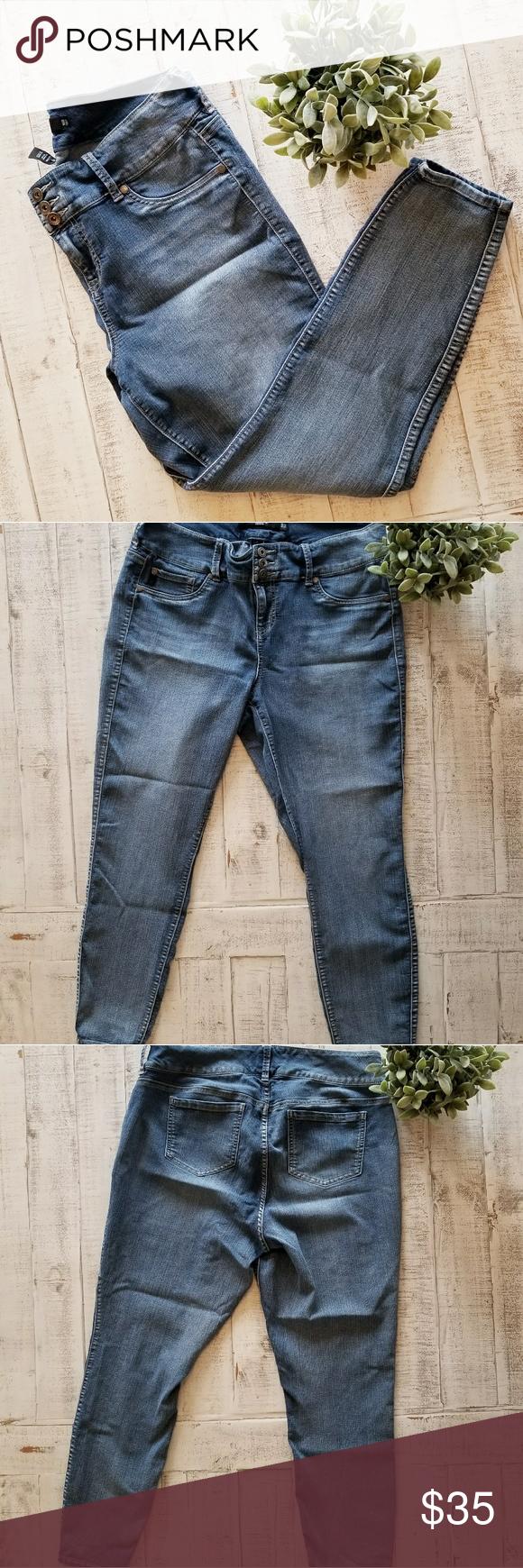 3b97cb5e707 Torrid Plus Size Skinny Jegging Jeans