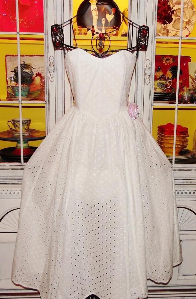 3ab52069b9c Betsey Johnson VINTAGE Dress EYELET White PUNK FACE LABEL Maxi FIT   FLARE  S 4 6  BetseyJohnson  Maxi  Casual