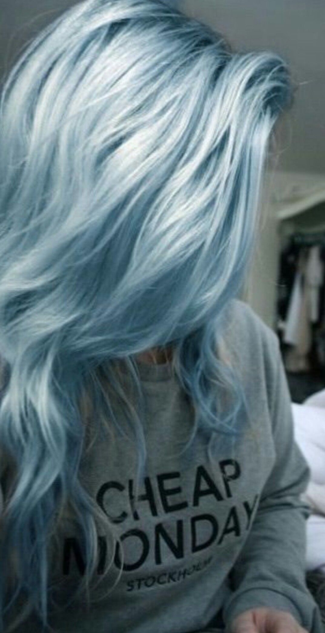 Love The Metallic Hair Styles Dyed Hair Hair Color Blue
