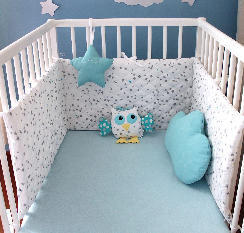 ensemble tour de lit b b toiles gris et bleu turquoise toile et coussin nuage turquoise. Black Bedroom Furniture Sets. Home Design Ideas