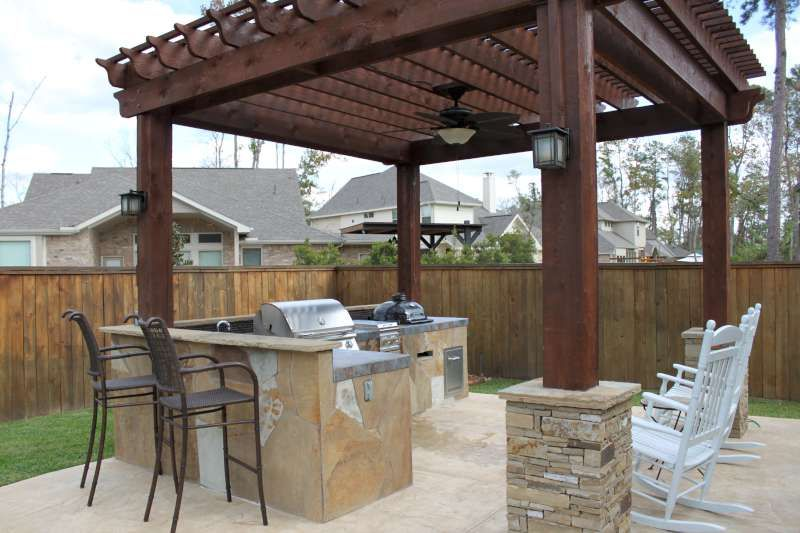 Small Outdoor Kitchens And Fireplaces Outdoor Living Fireplace Patio Kitchen Design The Woodlands Kitchen Backyard Bar Patio Design Outdoor Kitchen Patio