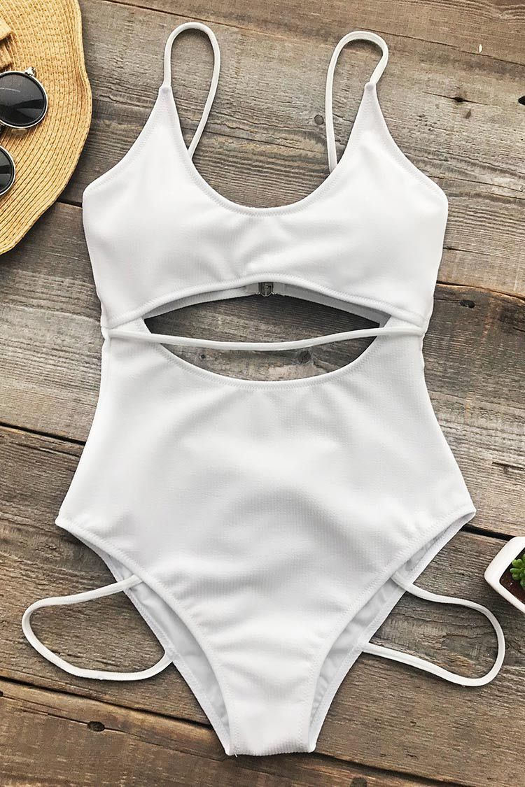 489e85bd126d3 Cupshe Innocent Eyes Solid One-piece Swimsuit | Me Like ❤ in 2019 ...