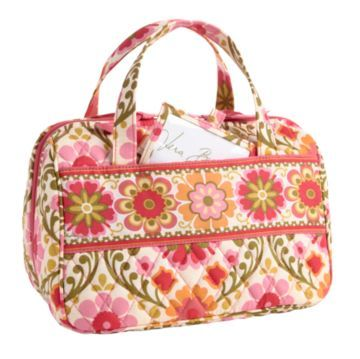 I need a new lunch bag. This Vera Bradley one in Folkoric is cute. It almost looks like a purse!