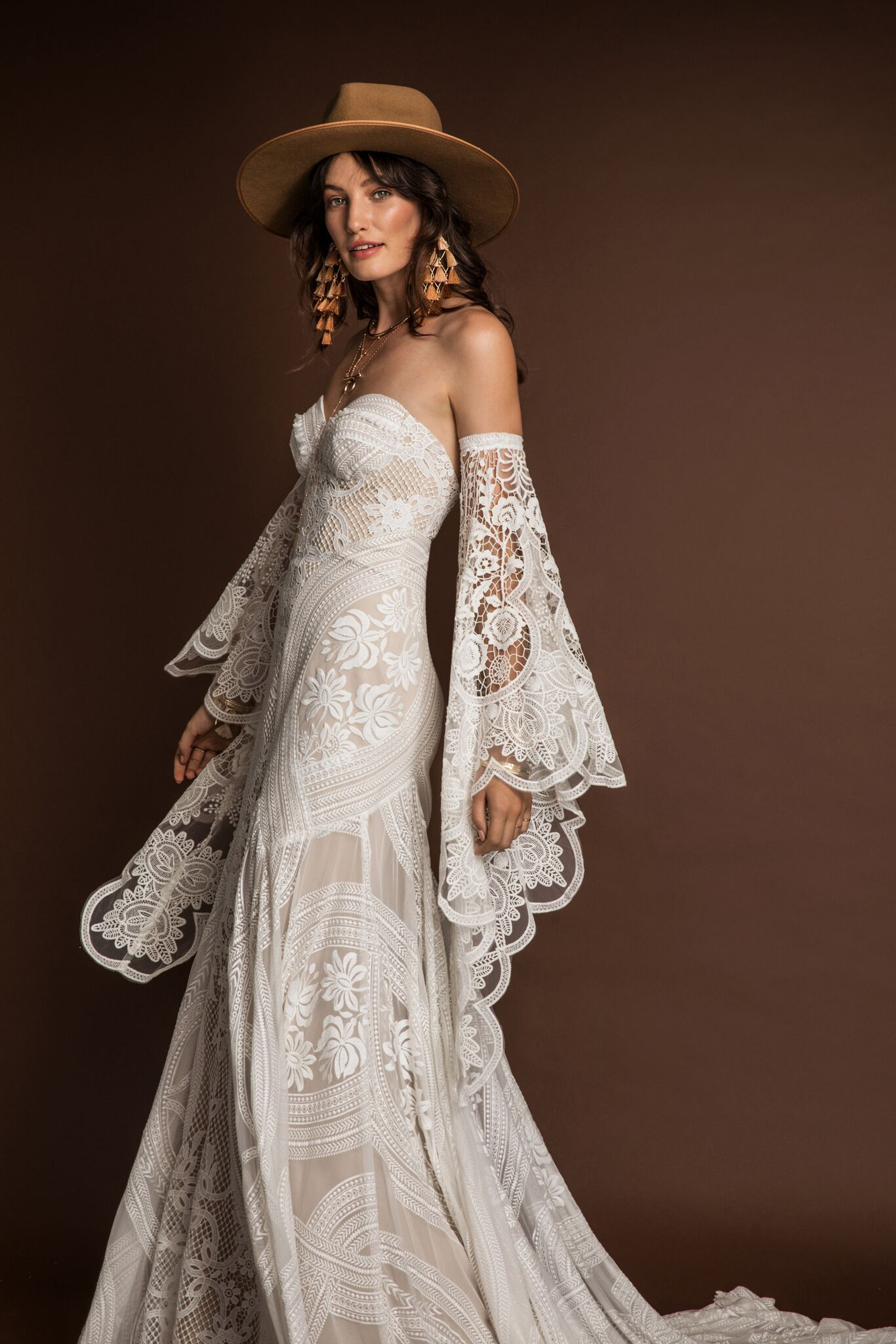 New Rue De Seine Wedding Dresses + Trunk Shows #romanticlace