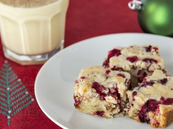 Don't let diabetes keep sweets off your plate. These fruity loaves can keep your sweet tooth in chec...