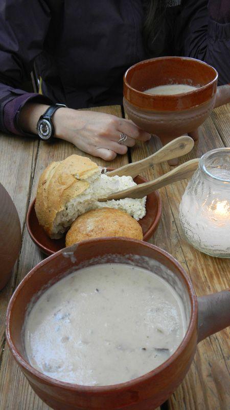 Olde Hansa, medieval themed delicous food #Tallinn