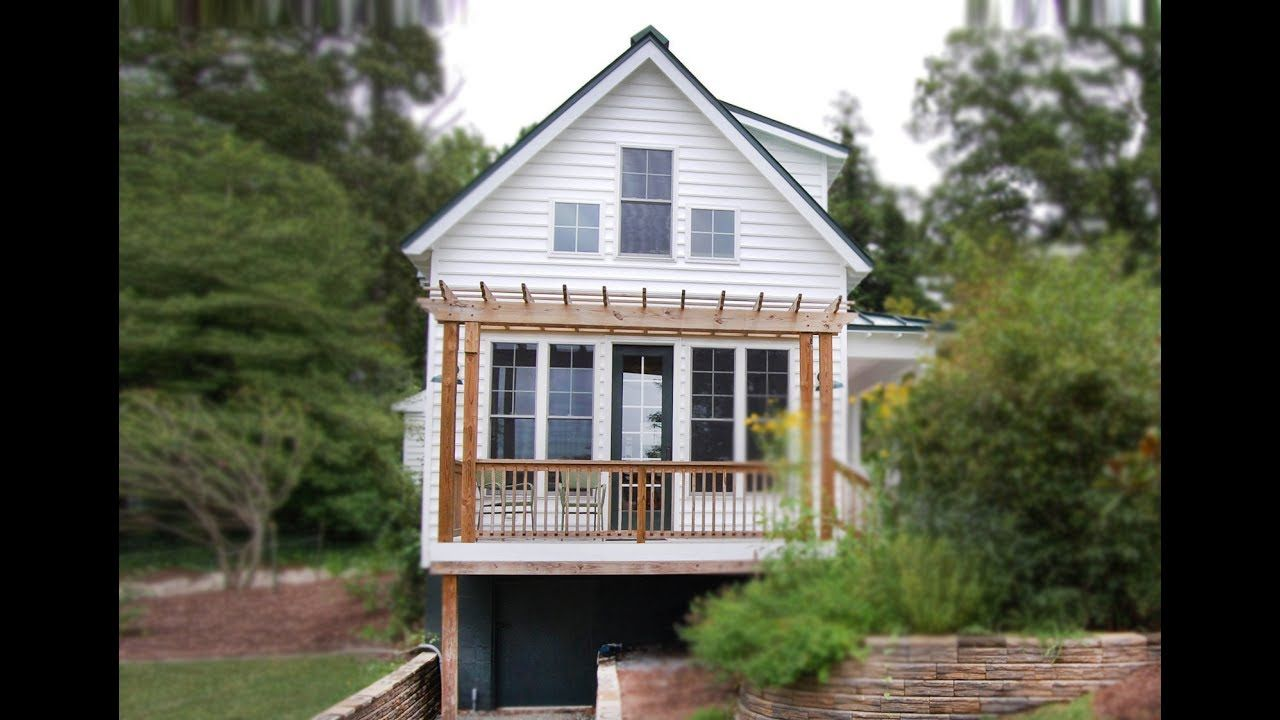 Window design for small house  katrina cottagesud is tiny house in the us gulf coast  small house