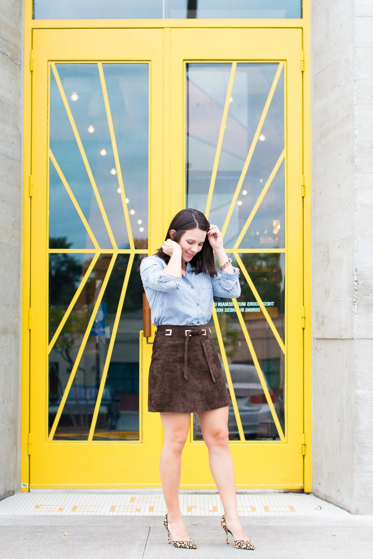 sude mini skirt, how to style a mini skirt - My Style Vita @mystylevita