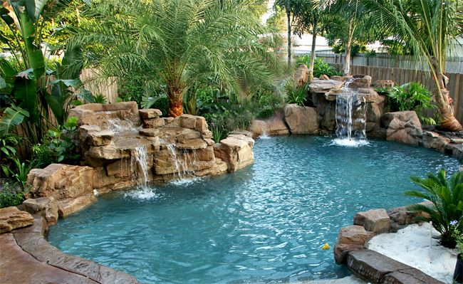 Swimming pool rock slides florida swimming pool for Natural rock swimming pools